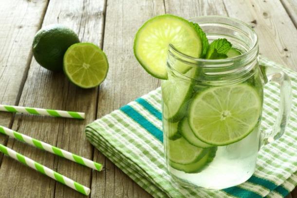 water-detox-citron-menthe-fitskeen.jpg
