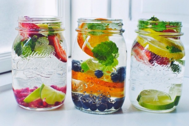water-detox-eau-manger-fitskeen-pinteres