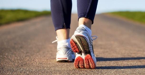marche-pieds-sport-baskets-sante-fitskeen